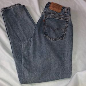 Vintage Mom High Rise 921 Levi Jeans